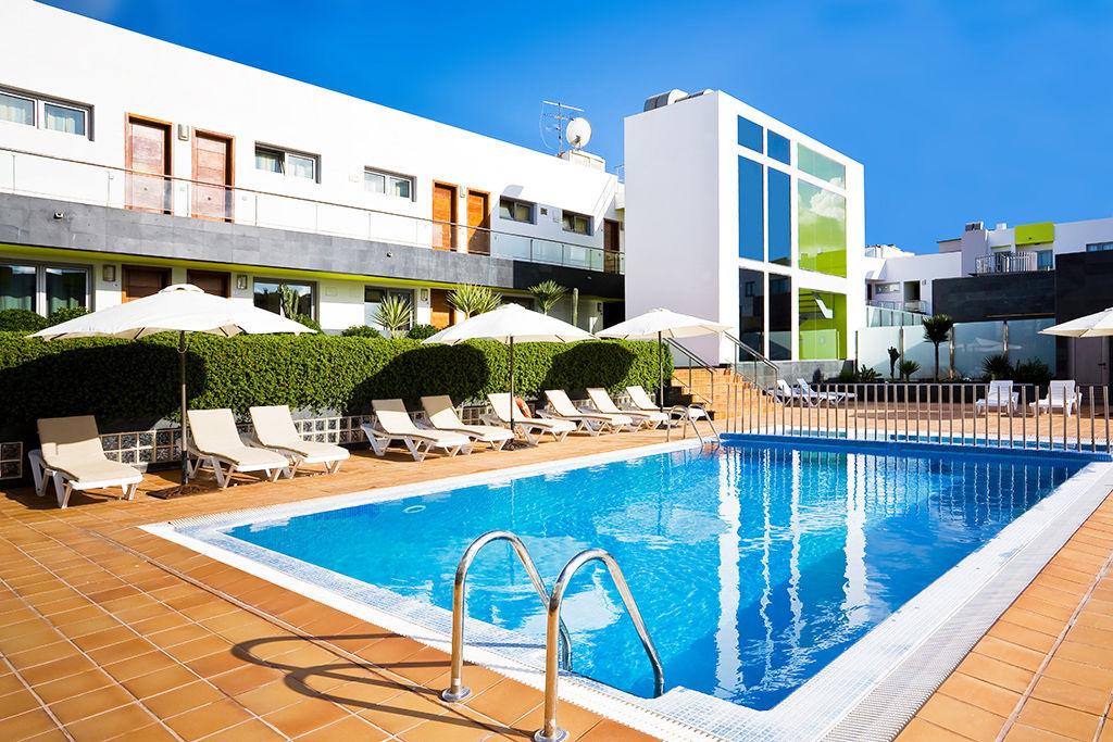 Hôtel Corralejo Beach 4*